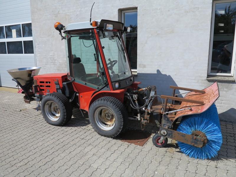 Carraro Superpark 3800 HST - 1015 hours + equipment