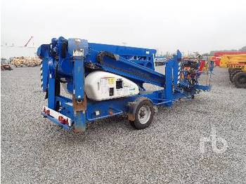 Plataforma articulada NIFTYLIFT 210DACT Tow Behind Articulated