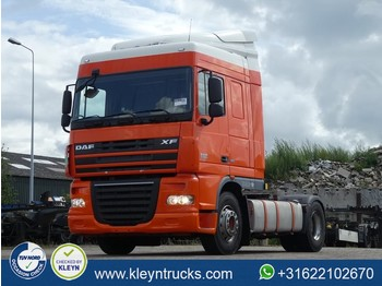 DAF XF 105.410 manual - tractor
